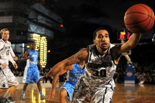 Free Basketball Player, Basketball Moves, Team Sport, Basketball Stock Photos - 99360163