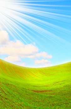 Free Beams Of Sun Covered Green Field. Royalty Free Stock Photography - 9940717