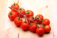 Free Cherry Tomatoes Royalty Free Stock Photos - 9940828