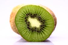Free Kiwi Fruit Royalty Free Stock Photos - 9941048