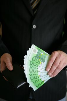 Free Businessman With Euro Royalty Free Stock Images - 9943149
