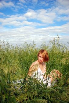Free Relaxing Girl Stock Photography - 9946962