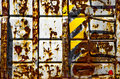 Free Rusted Trash Bin Royalty Free Stock Images - 9954869