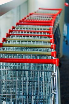 Free Luggage Trolleys Royalty Free Stock Photo - 9952915