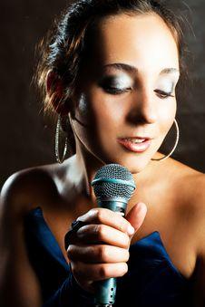 Free Sexy Singer Stock Image - 9953291
