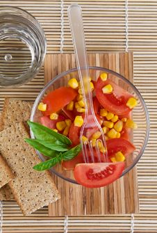 Free Tomato Salad And Basil Stock Photography - 9953842