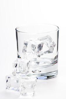 Free Alcoholic Beverage Whith Ice Cubes Stock Photo - 9956020