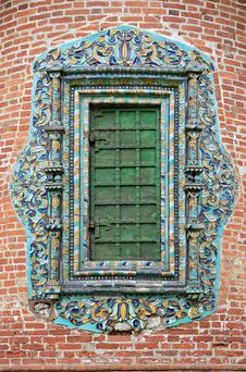 Free Closed Church Window With Glased Ornate Tile Royalty Free Stock Photography - 9958737