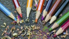 Free Colored Pencils With Shavings Stock Images - 99545814