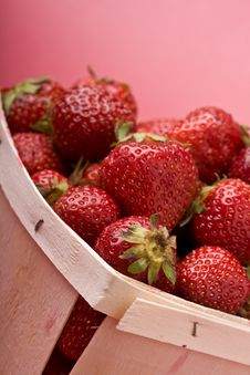 Free Strawberry Royalty Free Stock Image - 9960486