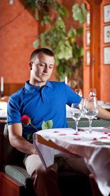 Free The Man With Red Rose  In Restaurant Stock Photo - 9962670