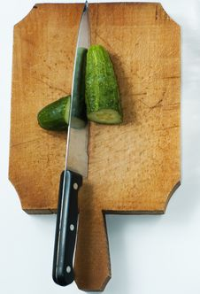Free Cucumber With Knife Stock Images - 9964404