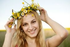 Free Pretty Girl Royalty Free Stock Images - 9966699