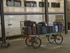 Free Baggage On The Train Station Platform Royalty Free Stock Images - 9969129