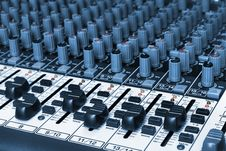 Free Audio Mixing Board Royalty Free Stock Images - 9975479