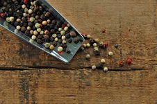 Free Colorful Peppercorns In A Metal Scoop Stock Photography - 9978322