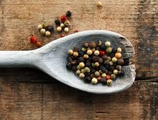 Free Colorful Peppercorns On A Wooden Spoon Stock Photo - 9978330