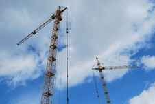 Free Two Cranes Stock Photos - 9978953