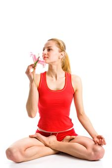Free Blond Girl  In Yoga Pose Royalty Free Stock Photos - 9979648