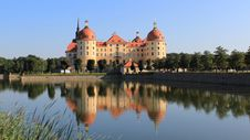 Free Reflection, Landmark, Château, Water Castle Royalty Free Stock Images - 99754089