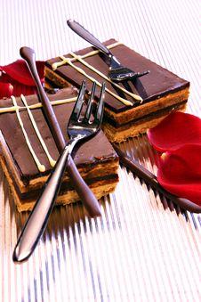 Free Chocolate Cake Royalty Free Stock Photos - 9980048