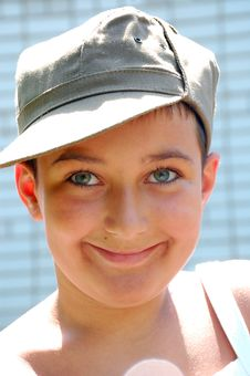 Free Cap Boy Face Royalty Free Stock Images - 9982749