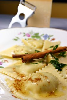 Free Ravioli And Cinamon Stock Photography - 9983262