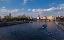 Free Bridge Over River Moskva In Moscow Stock Photos - 9986633