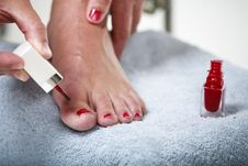 Free Toes With Nail Polish Royalty Free Stock Photography - 9990697