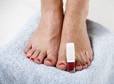 Free Toes With Nail Polish Stock Photo - 9990700