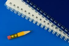 Free Short Pencil Stock Images - 9995744