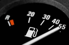 Free Fuel Gauge Royalty Free Stock Images - 9995879