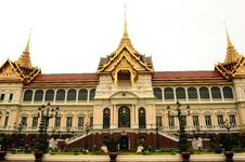 Free Grand Palace Royalty Free Stock Photos - 9996828