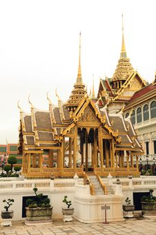 Free Grand Palace Stock Photography - 9996842