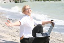 Free Business Woman Stock Photography - 9998922