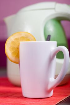 Free Cup And Kettle Royalty Free Stock Photography - 9999757